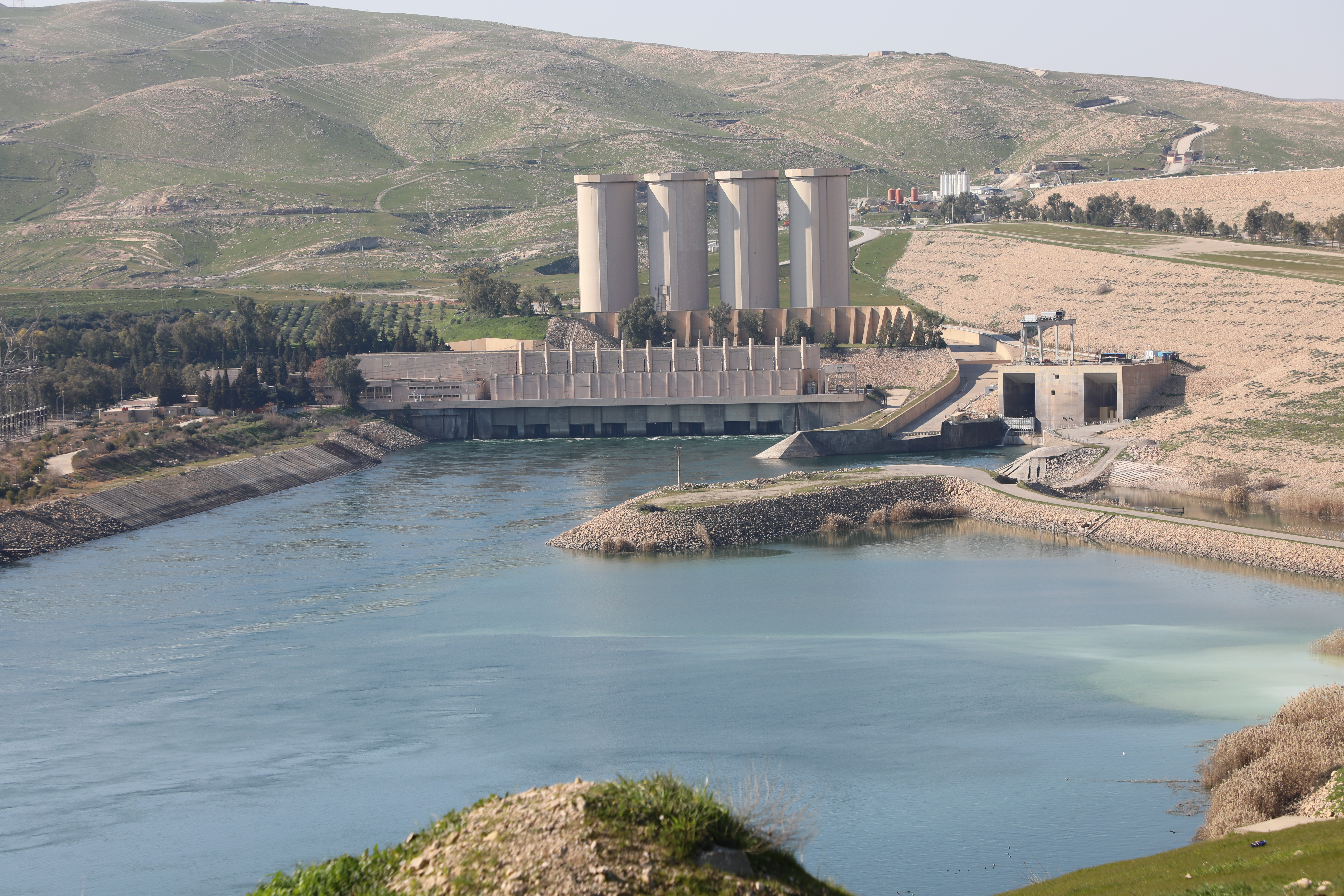 Mosul Dam Photo Collection